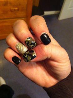 Camo nails #camo #nailart