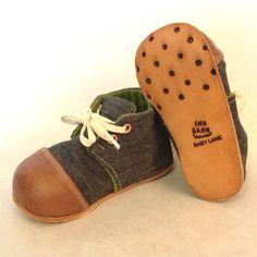 Ina Grau baby booties