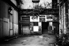 https://flic.kr/p/vUW57U | Queen Street 19 | Glasgow, Scotland. 01.07.2015 Leica MM 246; APO Summicron-M 50mm 1/1000sec; f/2.4; iso320; LR CC