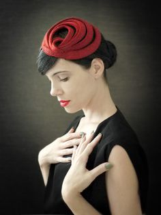 Modern Red Felt Fascinator  Fall Fashion  Orbital by pookaqueen The most gorgeous series of hats ever in the universe.