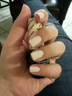 I finally found the perfect nude color in shellac #shellac #OPI I love it!!! Its OPI gel called My Vampire is Buff :)