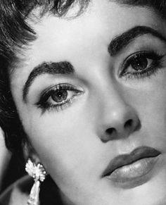 """Elizabeth Taylor """"Rhapsody"""" (1954)."""