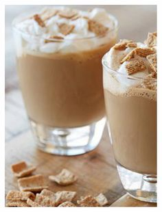 Warm up and give your tastebuds a blast from the past with this amazing Golden Grahams Latte!