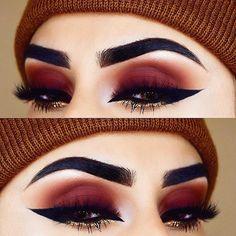 35 Red Eye Makeup Looks Beautiful for Women /. - 35 Red Eye Makeup Looks Beautiful for Women /. Eye Makeup Glitter, Red Eye Makeup, Cute Makeup, Gorgeous Makeup, Skin Makeup, Eyeshadow Makeup, Beauty Makeup, Gold Eyeshadow, Glitter Eyebrows