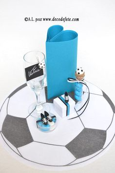5m chemin de table ballon de foot discover more ideas about football ballon d 39 or and ps. Black Bedroom Furniture Sets. Home Design Ideas