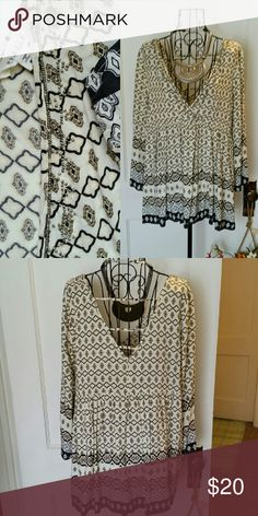 Beaded boho tunic Cream, black, and tan tunic with beaded surplice neckline and adorable strappy back. No beads missing. Worn once. Purchased from Boutique. Illa Illa Tops Tunics