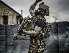 "5,472 Likes, 27 Comments - ⚔️""BLACKBEARD""⚔️ (@dan_foofighter) on Instagram: ""Deploying smoke to cover the medics @airborneairsoft Longmoor ENOLA GAYE SEMAPO MULTICAM…"""