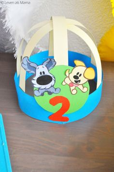 Woezel & Pip themafeest: de feestmuts van levenalsmama.nl Crafts For Kids, Diy Crafts, Animal Hats, Jungle Party, Baby Born, Birthday, Creative, Gifts, Stage