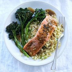 Salmon And Quinoa Recipe.Salmon Kale And Quinoa Bowls Healthy Recipes SBS Food. Healthy Recipes, Healthy Snacks, Healthy Eating, Quick Recipes, Stay Healthy, 21 Day Fix, Seafood Recipes, Dinner Recipes, Salmon Recipes