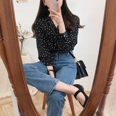 2019 Agu 27 - Womens Tops And Blouses Vintage Long Sleeve Autumn Shirts Turn-Down Collar Ladies Korean Polka Dot Blouse Tops Korean Fashion Trends, Korean Street Fashion, Korea Fashion, Asian Fashion, Korean Casual Outfits, Cute Outfits, Korean Outfits School, Fashion Wear, Girl Fashion