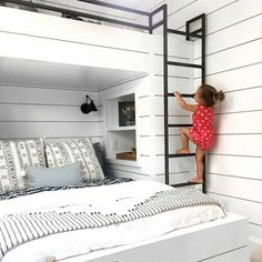 Bunk bed with double bed downstairs and two single beds over it. Photo by Lucent Lightshop (vi . - Bunk bed with double bed downstairs and two single beds over it. Photo by Lucent Lightshop (vi . Built In Bunks, Built In Bed, Built Ins, Bunk Bed Rooms, Kids Bunk Beds, Adult Bunk Beds, Bunk Bed Designs, Loft Spaces, New Room
