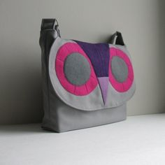 Owl messenger bag in gray by Sisoibags on Etsy