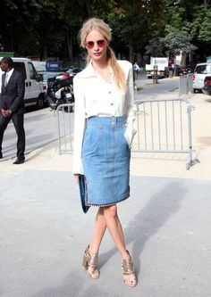 Poppy Delevingne Photo - Celebs at the Chanel Fashion Show in Paris
