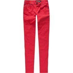 Taylor loves to rock her Red Skinny Capris