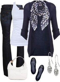 Cute casual Friday and walking around campus outfit.