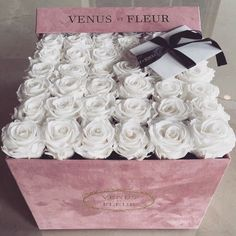 flowers, rose, and white image Luxury Flowers, My Flower, Pretty Flowers, Fresh Flowers, White Roses, White Flowers, Pink White, Billion Roses, Rosen Box