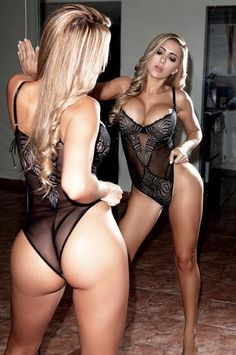 Curvy columbian women nude big tits