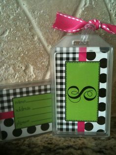 Backpack/luggage/instrument tags. Would be easy enough to diy Cheer Backpack, Backpack Tags, Cheer Gifts, Cheer Mom, Diy Projects To Try, Craft Projects, Craft Ideas, Travel Diys, Sewing Crafts