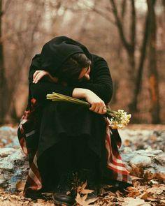 """Söylediklerimden değil de """"aman şimdi kırılmasın"""" diye söylemediklerimden çok pişmanım. Keşke kırılsalardı."""