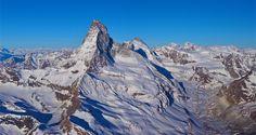 https://flic.kr/p/Ty2hdQ | Photo de montagne en format panoramique  / Alpes Suisse le Cervin vu du ciel | Les montagnes Suisse au lever du jour  Pour info une série de photos prise d'un ulm entre 3500 et 5200m d'altitude le 23/04/2017   www.flickriver.com/photos/boillon_christophe/ PS Mes photos ne sont pas libres de droits . Pour toute utilisation me contacter par mail n° siret 522 963 438 00018 - code ape : 9003A toute reproduction interdite sans mon accord articles L131-2 & L131-3 du ...