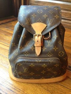 LOUIS VUITTON HANDBAG @Shop-Hers