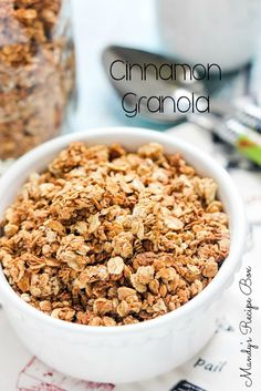 This slow cooker Cinnamon Granola is perfect with milk or on top of ice cream or yogurt. You can add nuts or dried fruit during the cooking process if you desire. Slow Cooker Breakfast, Breakfast Crockpot Recipes, Slow Cooker Recipes, Cooking Recipes, Cooking Time, Breakfast Dishes, Slow Cooker Granola Recipe, Breakfast Ideas, Crockpot Ideas