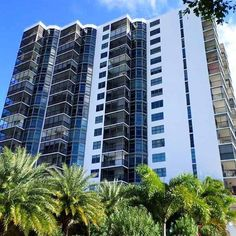 Contact me for sales 305.303.4172  Beautiful 2BED - 2BATH completely renovated condo at Bonavista in the heart of #Aventura great views of the #Turnberry Golf Course! #florida #southflorida #aventuramall #sunnyisles #realestate #golfcourse #view #home #Miami #condosforsale #listing #renovated #affordable #buyer #salesagent #investment #investinmiami #preconstruction #construction #specialist #follow #followers #realtor #miamirealtor #building #tower #amenities #owner by antonietabran_