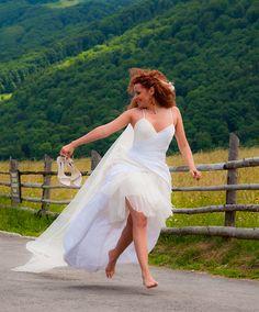 Running bride Running, Bride, Vixen, Wedding Dresses, Fashion, Wedding Bride, Bride Dresses, Moda, Bridal Gowns