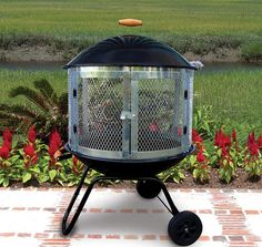 outdoor fire pit grill - have a look at our suggestions! Fire Pit Grill, Easy Fire Pit, Cool Fire Pits, Fire Pit Backyard, Square Fire Pit, Round Fire Pit, Fire Pit Chimney, Fire Pit Images, Fire Pit Spark Screen