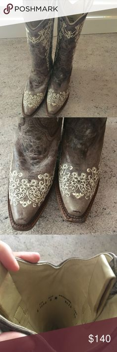Corral women's western boots size 6 These boots have only been worn once. Excellent condition! Still have that leather smell :) Corral Shoes Combat & Moto Boots