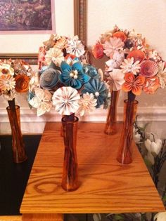 Origami flower bouquets can be kept indefinitely in memory of a wedding. They can also be customized for the colors of the wedding or type of flowers desired.