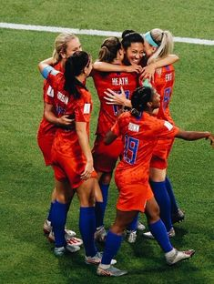 Christen Press (between Tobin Heath and Julie Ertz of the United States is congratulated by teammates after scoring against England in the the semifinal match between England and USA in the 2019 FIFA Women's World Cup France. USA would win, Usa Soccer Team, Soccer Logo, Messi Soccer, Play Soccer, Soccer Players, Nike Soccer, Soccer Cleats, Team Usa, Girls Soccer Team