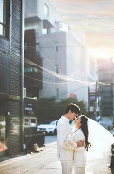 Creating Good Memories through Wedding Planning Pre Wedding Poses, Pre Wedding Photoshoot, Bridal Shoot, Wedding Pics, Wedding Shoot, Wedding Dresses, Korean Wedding Photography, Couple Photoshoot Poses, Wedding Company