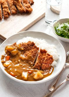 Katsu curry is just a variation of Japanese curry with a chicken cutlet on top. I have used a store-bought block of Japanese curry roux which is commonly used in Japanese households. Chicken cutlet brings the Japanese curry up to the next level. Curry Recipes, Asian Recipes, Healthy Recipes, Healthy Cooking, Katsu Recipes, Healthy Food, French Recipes, Chinese Recipes, Eating Clean