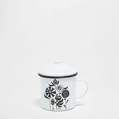 Image of the product Floral design iron mug