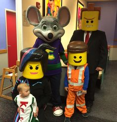 Earlier this month I hosted a birthday party at Chuck E. Cheese's and it was so much FUN. Planning and hosting a child's birthday party can be loads of work and stress, but not when you throw a Chuck E. Cheese's birthday party. From the ease of making the online party reservation to party time.