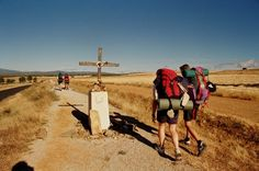 Packing list: nothing to pin on page.  Link below.    http://www.caminoforums.com/what-equipment-should-you-use-take/1799-one-pilgrims-sure-fire-cure-all-bullet-proof-camino-packing-list.html