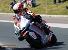 MotoCzysz e-motorbike crackles past 100MPH at TT Zero for $15,000 prize