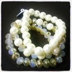 Linda pulseira de pérolas e cristais. #bijouteria #bijus #bijuterias #pulseira #pérola