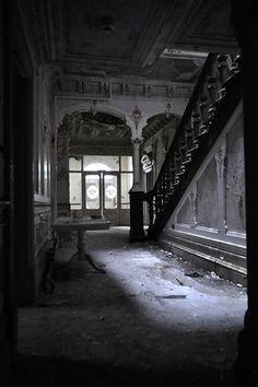 Lancashire Mansion / Manor House - June 2012 *IMAGE INTENSIVE*