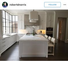 The Difference Between Modern Interiors And Traditional Interior Home Design Kitchen On A Budget, Kitchen Redo, Kitchen Layout, Home Decor Kitchen, Kitchen Interior, New Kitchen, Home Interior Design, Home Kitchens, Kitchen Remodel