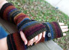 fingerlessgloves from old sweater
