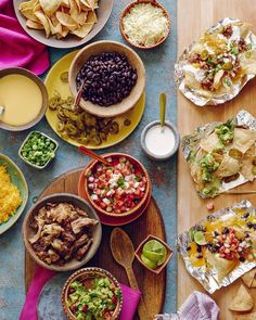 There's some major game day action on the blog today - I'm rounding up my dream #superbowl menu for next weekend and it all starts with a NACHO BAR!!!  (menu link in my profile)