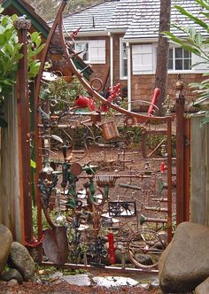I just thought this was a cool creative gate made from old garden junk