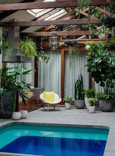 65 luxury small indoor pool design ideas on budget Small Indoor Pool, Modern Pools, Modern House Design, Indoor Pool, Indoor, Indoor Pool Design, Cheap Pool