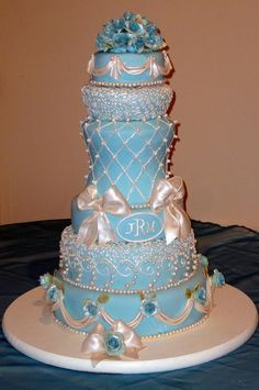 Teal Wedding Cake- again, swap the silver and white for copper and gold tones