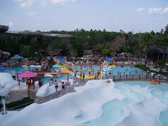 Blizzard Beach is a water park located at the Walt Disney World Resort in Bay Lake, Florida. All water areas are heated (at approximately 80 °F. Best Vacations, Disney Vacations, Disney Trips, Disney World Florida, Disney World Resorts, Disney Water Parks, Disney Parks, Walt Disney, Disney Blizzard Beach