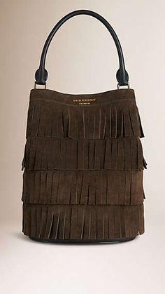 Tasche Burberry Bucket aus Veloursleder mit gestuften Fransen