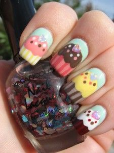 Im not a big nail polish girl... but OMG! I want my nails to look like this always! :)