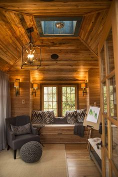 nolo treehouse interior from treehouse masters